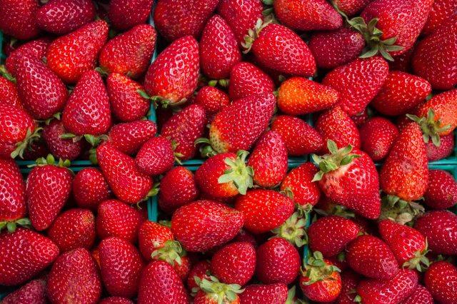 strawberry-half-flat.jpg